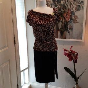 Super sexy black zipper skirt leopard top